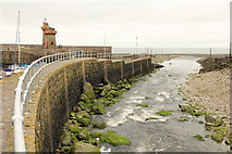 SS7249 : Harbour wall by Richard Croft