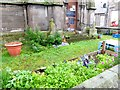 NJ0358 : Incredible edible by Oliver Dixon