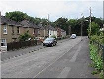 ST2896 : Fields Avenue, Pontnewydd, Cwmbran by Jaggery
