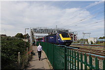 SU5290 : An intercity 125 heading towards Bristol by Andrew Abbott