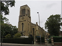TL0450 : Church of the Holy Trinity, Bedford by Richard Rogerson