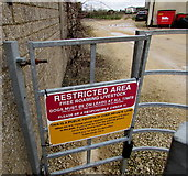 SO8700 : Restricted Area notice at the entrance to Tobacconist Farm, Minchinhampton by Jaggery