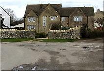 SO8700 : Highmead, Minchinhampton by Jaggery