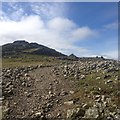 NY2207 : Towards Broad Crag by Dave Thompson