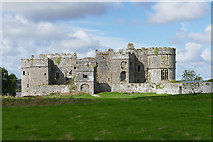 SN0403 : Carew Castle by Alan Hunt