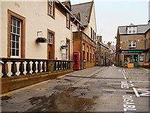 HU4741 : Commercial Street by David Dixon