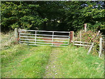 SE0927 : Gate and stile on track at Lee Lane, Norrhowram by Humphrey Bolton
