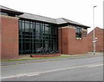 SJ6552 : Metal silhouettes outside Nantwich Veterinary Hospital, Nantwich by Jaggery