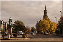 NJ9205 : Queen's Cross, Aberdeen by Mike Pennington