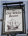 SE1326 : The Old White Beare, Norwood Green by Ian S