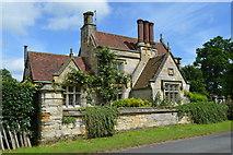 TQ5244 : North Lodge, Penshurst Place by N Chadwick