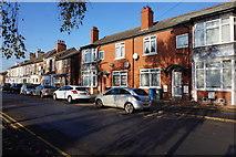 TA0830 : Margaret Street, Hull by Ian S
