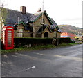 SO5918 : Old Post Office and red phonebox, Bishopswood, Herefordshire by Jaggery