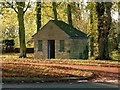 SK8722 : Bus shelter, Buckminster by Alan Murray-Rust