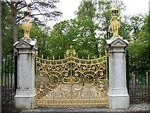 NS1385 : The Golden Gates at Benmore Gardens by Elliott Simpson