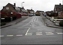 ST3091 : Up Birch Hill, Malpas, Newport by Jaggery