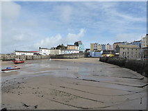 SN1300 : Tenby Harbour by Chris Holifield