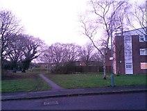 SZ0794 : Ensbury Park: footpath N31 from Cornish Gardens by Chris Downer