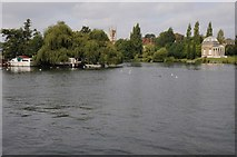 TQ1469 : River Thames at Hampton by Philip Halling