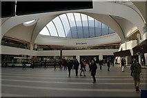 SP0686 : The foyer of Birmingham New Street by Bill Boaden