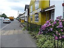TA1914 : Queens Road near Immingham by Mat Fascione
