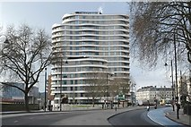 TQ3078 : Thames-side apartments by Anthony O'Neil