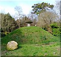 TV6099 : Horse Mound, Manor Gardens by PAUL FARMER