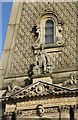 SE0925 : Sculpture on the Town Hall, Halifax by Alan Murray-Rust