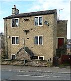 SE1321 : House with a bracket, Jumble Dyke, Rastrick by Humphrey Bolton