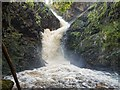 NC8301 : Waterfall on the Golspie Burn by valenta