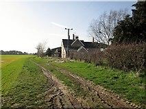 SE7843 : Gale  Carr  Farm by Martin Dawes