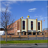 SO9097 : Sikh temple in Wolverhampton by Roger  Kidd