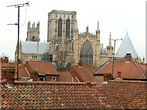 SE6052 : York roofscape by Graham Hogg