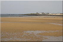 NT4999 : The sands from Elie Harbour by Malcolm Neal
