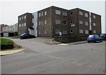 ST3049 : Belfield Court, Poplar Road, Burnham-on-Sea by Jaggery