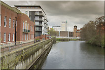SK3536 : The view from Exeter Bridge by Malcolm Neal