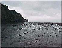 NZ8612 : Sandsend near Whitby by Malcolm Neal