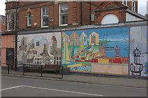 TM2531 : Murals at Kingsway, Dovercourt by Robert Eva