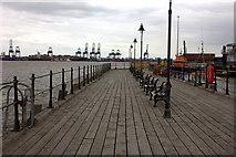 TM2532 : Ha'penny Pier, Harwich by Robert Eva