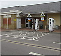 SU6770 : Ecotricity electric vehicle recharging area in Reading Services eastbound by Jaggery