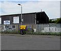ST3189 : Bilingual Gwyriad/Diversion sign, Albany Street, Crindau, Newport by Jaggery