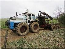 NO2103 : Heavy tractor, Lomond Hills by Bill Kasman