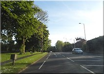 SP4974 : Dunchurch Road, Rugby by David Howard