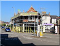 ST3087 : Scaffolding on the corner of Stow Hill and Clifton Road, Newport by Jaggery