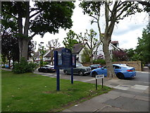 TQ2075 : Junction of Park and East Sheen Avenues by Basher Eyre