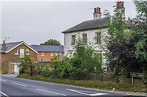 TQ4262 : Holwood Farm by Ian Capper