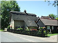 TL2743 : Thatched cottage, Guilden Morden by JThomas