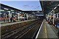 SU9949 : Platforms 4 & 5, Guildford Station by N Chadwick