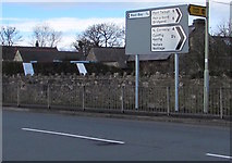 SS8178 : Directions and distances signs at a Nottage junction by Jaggery