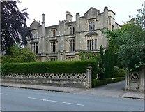 ST5773 : 8 & 9 Clifton Park by Alan Murray-Rust